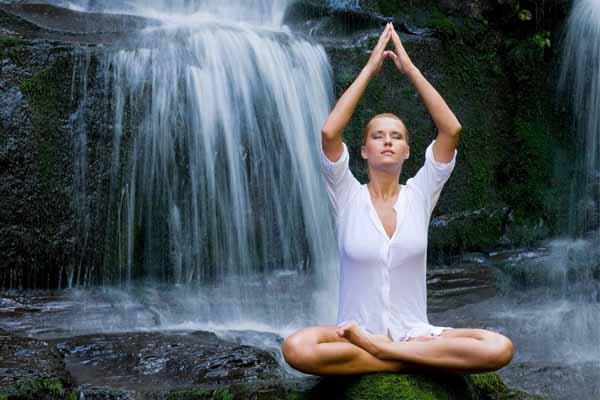 mente, meditación y agua