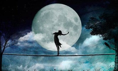 contempla la luna